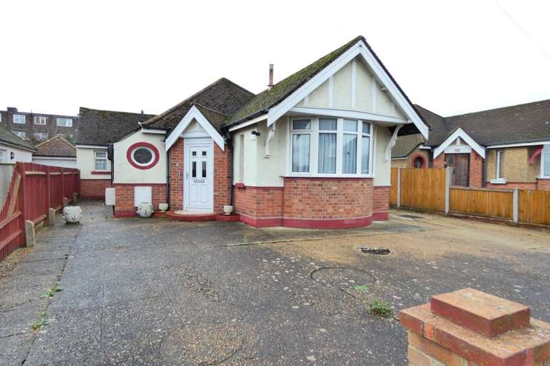 2 Bedrooms Detached Bungalow for sale in Narrabeen Road, Folkestone, CT19
