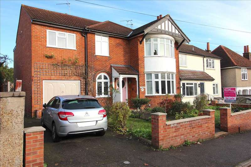 6 Bedrooms Semi Detached House for sale in Honywood Road, Colchester