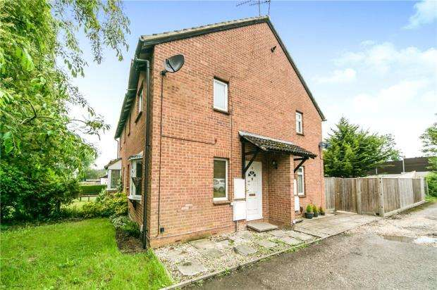 1 Bedroom House for sale in Caistor Close, Calcot, Reading