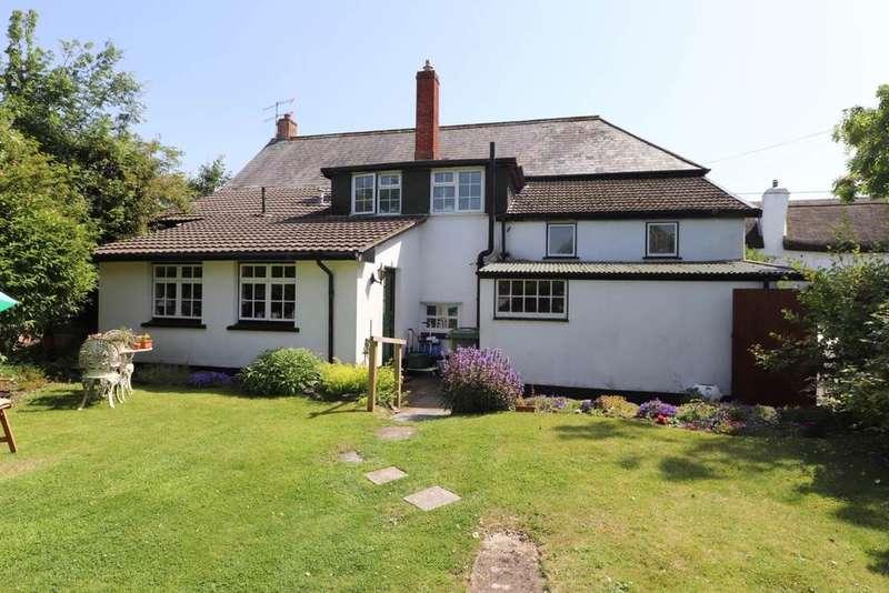 5 Bedrooms Detached House for sale in Landkey, North Devon