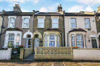 3 Bedrooms Terraced House for sale in East Ham, London