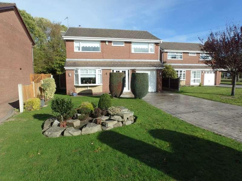 4 Bedrooms Detached House for sale in Carpenter Grove, Warrington