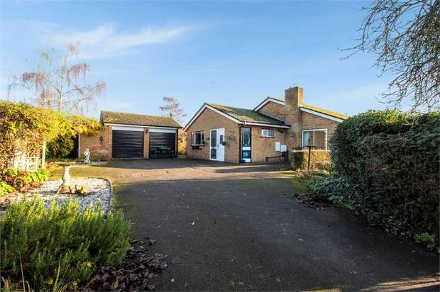 3 Bedrooms Detached Bungalow for sale in The Green, Beeston, Sandy, Bedfordshire