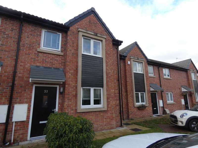 3 Bedrooms Semi Detached House for sale in Howley Lane, Warrington