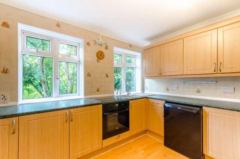 3 Bedrooms Maisonette Flat for sale in Totteridge Lane, Totteridge, N20
