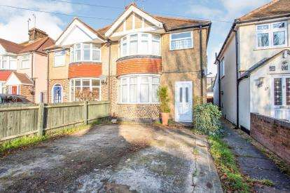 1 Bedroom Maisonette Flat for sale in Third Avenue, Watford, Hertfordshire, .