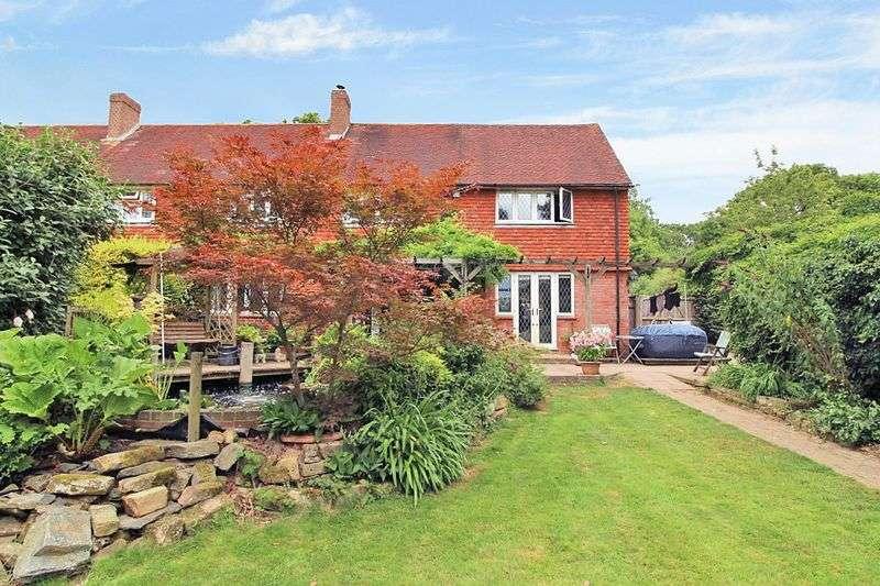 4 Bedrooms Property for sale in Spode Lane, Edenbridge