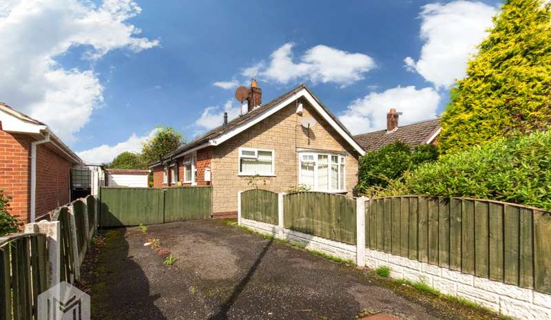 3 Bedrooms Detached Bungalow for sale in Rayden Crescent, Westhoughton, Bolton, Greater Manchester, BL5