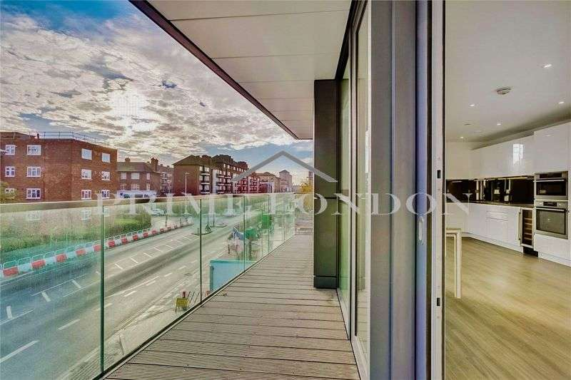 3 Bedrooms Property for sale in Pinto Tower, Nine Elms Point, London