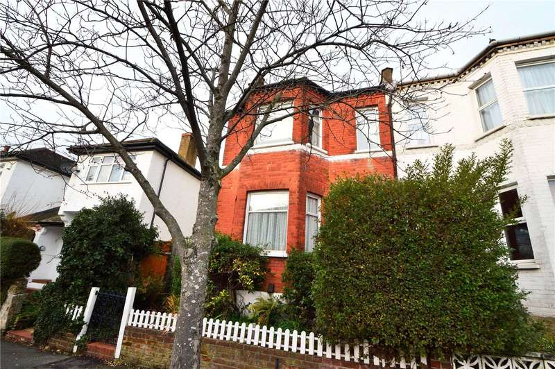 3 Bedrooms Semi Detached House for sale in Temple Road, Croydon