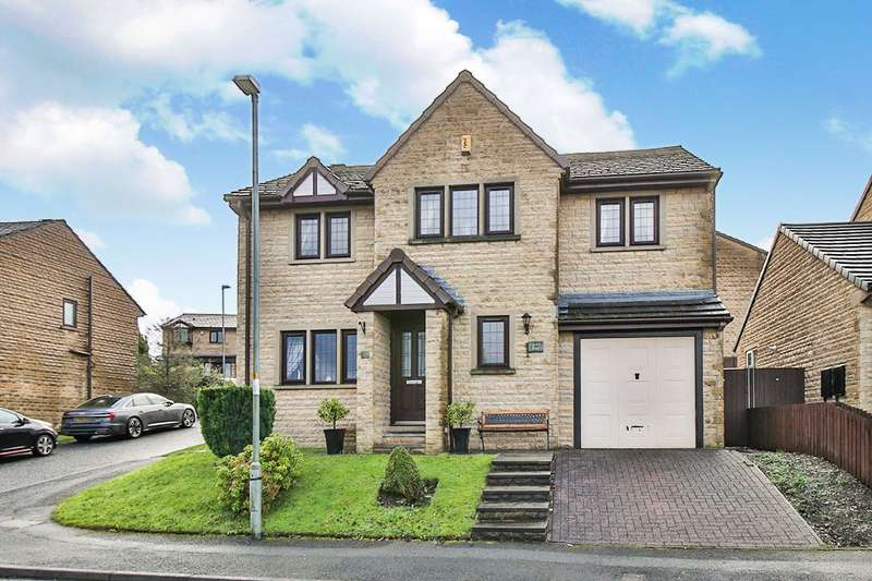 5 Bedrooms Detached House for sale in Stainton Drive, Burnley, Lancashire, BB12