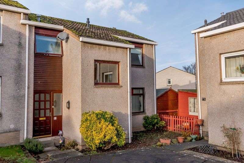 3 Bedrooms Property for sale in Masons Court, Kelso, TD5