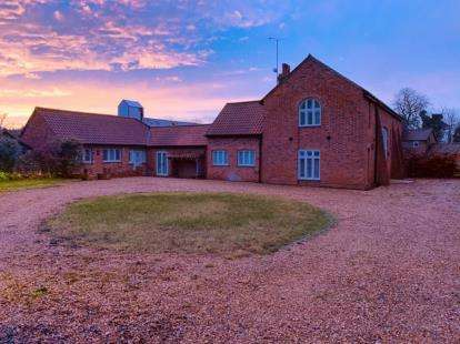 6 Bedrooms Barn Conversion Character Property for sale in Upper Dean, Huntingdon, Bedfordshire