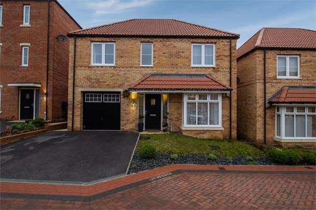 4 Bedrooms Detached House for sale in Green Shank Drive, Mexborough, South Yorkshire