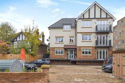 2 Bedrooms Flat for sale in L'ancresse Villas, Hayne Road, Beckenham