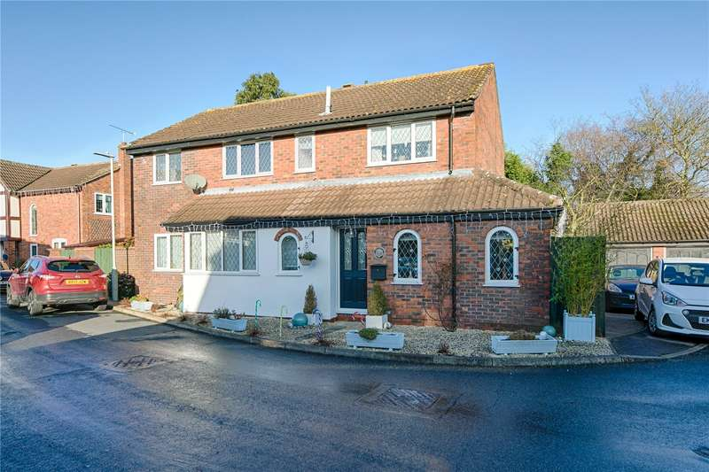 5 Bedrooms Detached House for sale in Bishop's Stortford