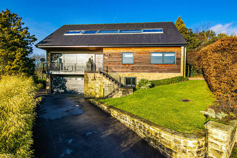 5 Bedrooms Detached House for sale in Derwent Lane, Hathersage, Hope Valley