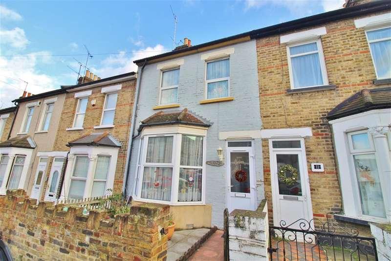 3 Bedrooms Terraced House for sale in Gordon Road, Belvedere, Kent, DA17 6EA