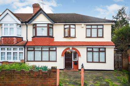 4 Bedrooms Semi Detached House for sale in Woodgrange Avenue, Enfield, Middlesex, London
