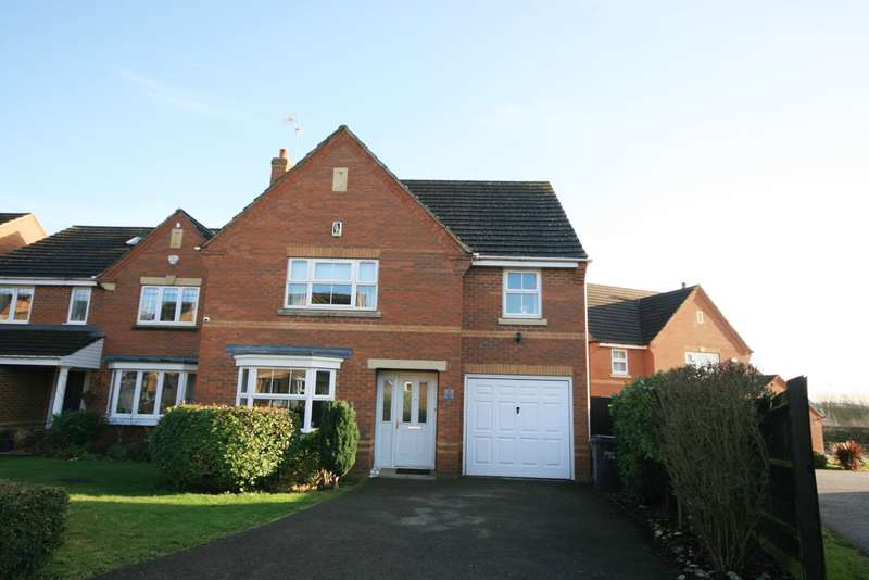 4 Bedrooms Detached House for sale in Centurion Way, Wootton, Northampton, NN4