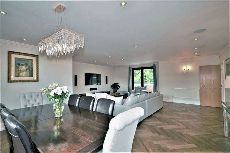 3 Bedrooms Apartment Flat for sale in Chasewood Park, Harrow on the Hill