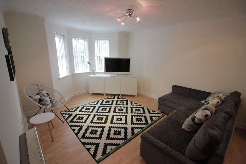 2 Bedrooms Apartment Flat for rent in The Spinnakers, Garston, Liverpool, L19 3RY