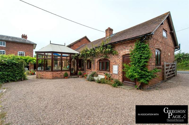 4 Bedrooms Barn Conversion Character Property for sale in Ladywood, Droitwich, Worcestershire, WR9
