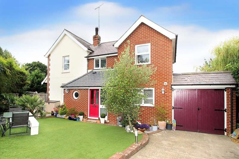 3 Bedrooms Semi Detached House for sale in Hailsham Road, Stone Cross,