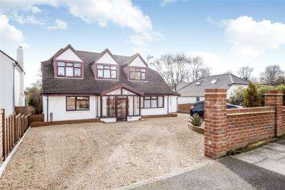 5 Bedrooms Detached House for sale in Kevington Drive, Chislehurst