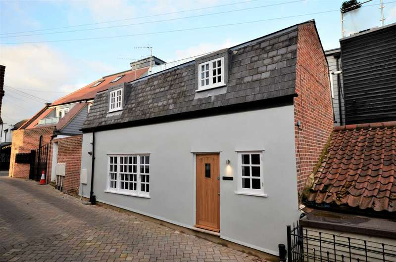 2 Bedrooms Cottage House for sale in High Street, Billericay