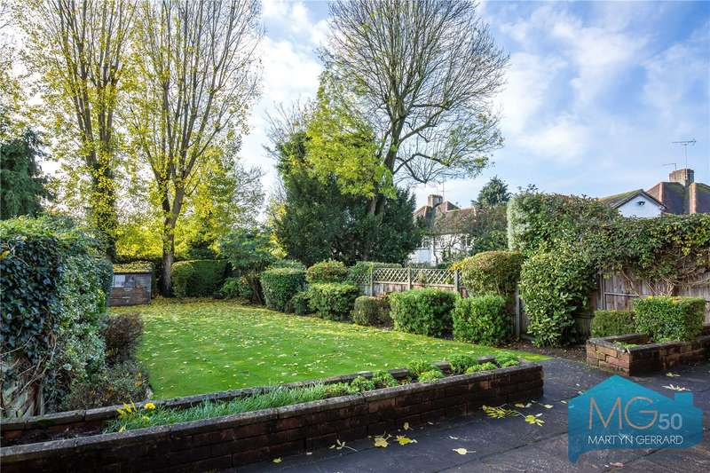 4 Bedrooms Detached House for sale in Tudor Close, Mill Hill, London, NW7