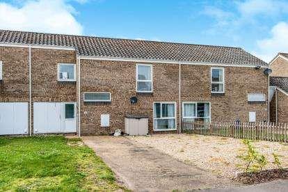 3 Bedrooms Terraced House for sale in RAF Lakenheath, Suffolk