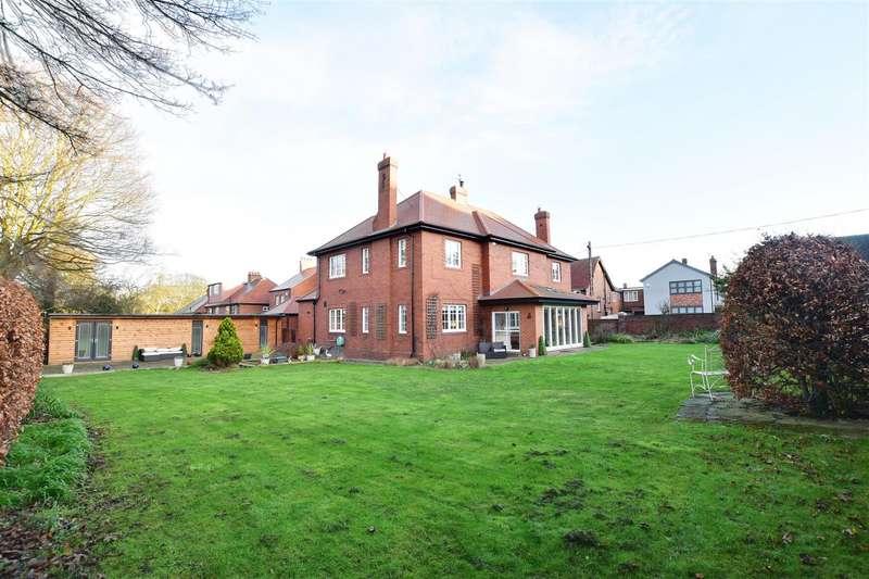 4 Bedrooms Detached House for sale in West Mount, High Barnes, Sunderland