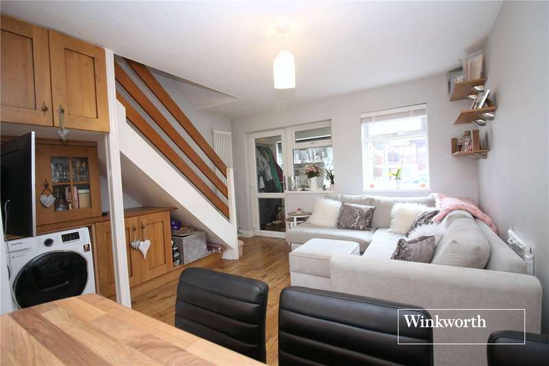2 Bedrooms House for sale in Rodgers Close, Elstree, Borehamwood, Hertfordshire, WD6