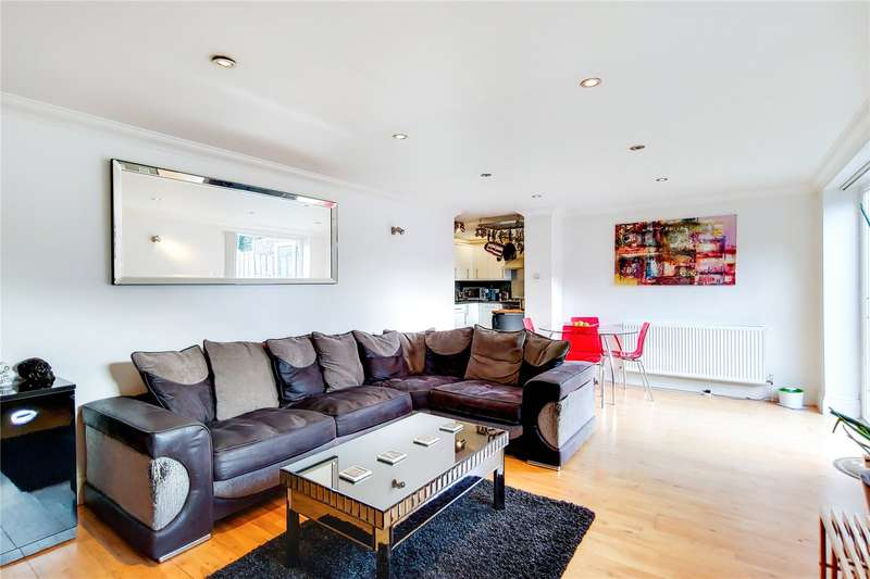 3 Bedrooms Maisonette Flat for sale in Evesham Road, London