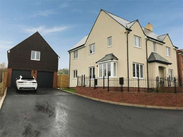 3 Bedrooms Detached House for sale in Woodberry Down Way, Lyme Regis, Dorset