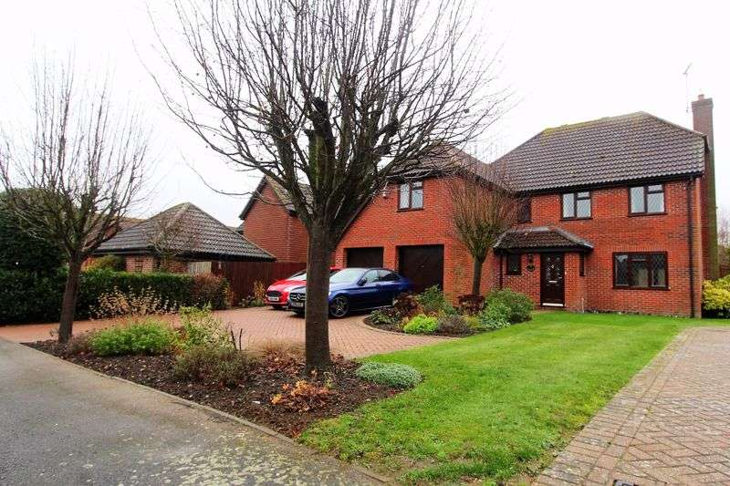 4 Bedrooms Property for sale in Yew Tree Rise, Woodbridge