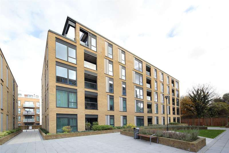 3 Bedrooms Flat for sale in Francis House, 25 Eltringham Street, Wandsworth, London, SW18