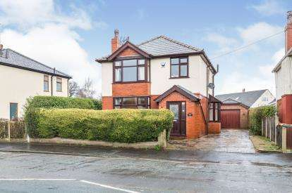 3 Bedrooms Detached House for sale in Tag Lane, Ingol, Preston, Lancashire, PR2