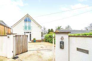 4 Bedrooms Detached House for sale in Mutton Hall Hill, Heathfield, East Sussex, United Kingdom
