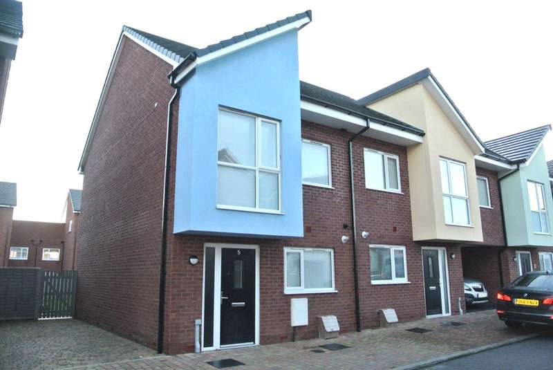 4 Bedrooms House for sale in Robinson Road, Blackpool, FY1 5FG