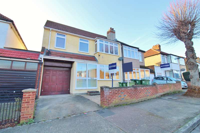 3 Bedrooms Semi Detached House for sale in Osborne Road, Belvedere, Kent, DA17 5NR
