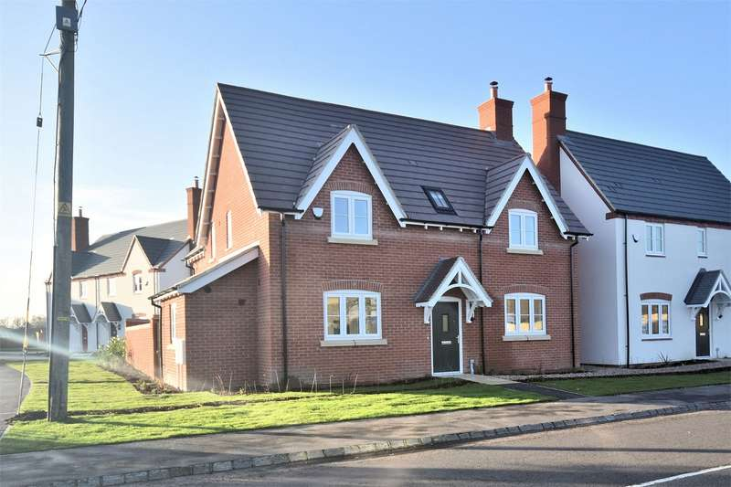 4 Bedrooms Detached House for sale in Montague Place, Worlds End Lane, Weston Turville, Buckinghamshire