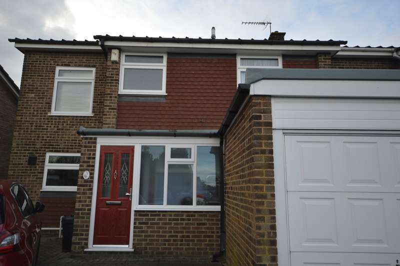 3 Bedrooms End Of Terrace House for sale in Beaufort Road, Rochester, Kent, ME2