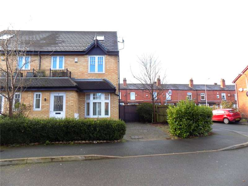 3 Bedrooms Semi Detached House for sale in Abbey Close, Morris Green, Bolton, BL3