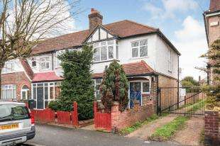 3 Bedrooms End Of Terrace House for sale in Rowan Crescent, London