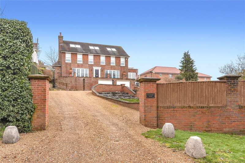 5 Bedrooms Detached House for sale in Gold Hill North, Chalfont St. Peter, Gerrards Cross, Buckinghamshire, SL9