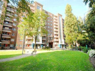 3 Bedrooms Flat for sale in The Chenies, Pancras Road, Kings Cross, NW1
