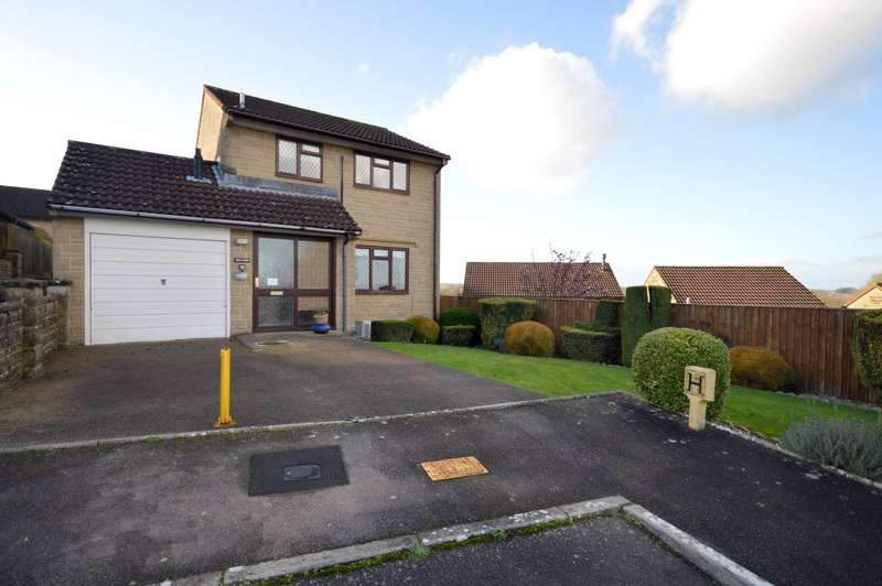 3 Bedrooms Detached House for sale in The Laurels, Crewkerne, Somerset, TA18