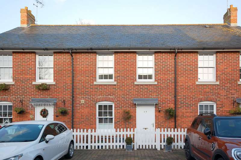3 Bedrooms Terraced House for sale in Ruskins View, Herne Bay